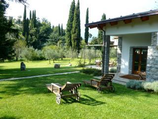 House Above Lake Como - Casa Pioppo - Menaggio vacation rentals