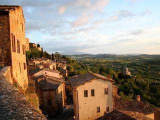 Luxury Villa Rental in Tuscany Near Lucca - Casa Samuele with Cottage - Lucca vacation rentals