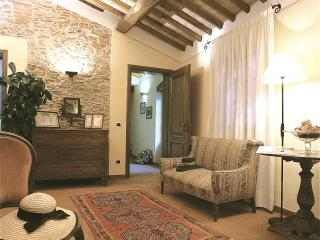 Large Villa Rental near Vorno, Lucca with Air Conditioning - Casa Samuele - Lucca vacation rentals