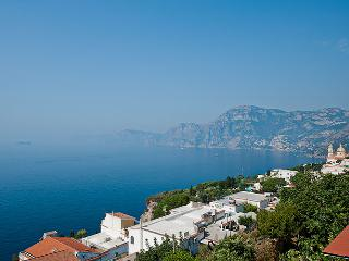 Amalfi Coast Villa Rental with Short Walk to Town - Casa Toto - Materdomini vacation rentals