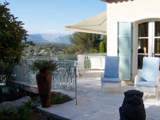 Beautiful 3 Bedroom Villa with a Pool, in Provence - Valbonne - Cabris vacation rentals