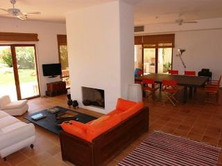 Villa Rental in Algarve, Lagos - Villa Adao - Almadena vacation rentals