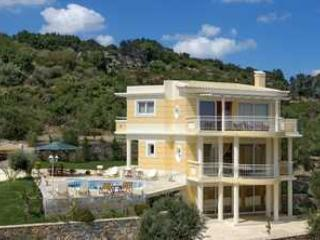 Large Family Friendly Villa Rental on Crete with Pool - Villa Callas - Image 1 - Adele - rentals