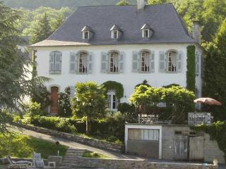 Holidays in the Pyrenees - Villa Lune - Argelès-Gazost vacation rentals