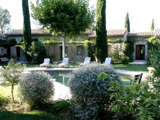 Rental Villa in Provence - Villa Orabelle - Rochefort du Gard vacation rentals