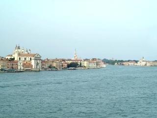 Apartment Rental in Venice City, Dorsoduro - Giudecca 5 - Friuli-Venezia Giulia vacation rentals