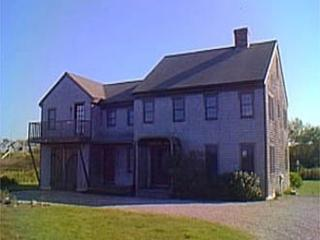 5 Bedroom 4 Bathroom Vacation Rental in Nantucket that sleeps 12 -(3488) - Image 1 - Nantucket - rentals