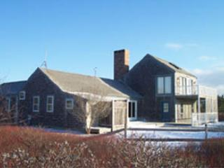 Comfortable House with 4 Bedroom, 3 Bathroom in Nantucket (3582) - Image 1 - Nantucket - rentals