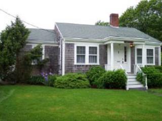 2 Bedroom & 2 Bathroom House in Nantucket (3620) - Image 1 - Nantucket - rentals