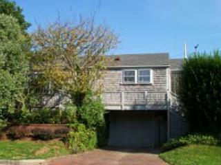 Lovely House with 3 Bedroom/3 Bathroom in Nantucket (7192) - Image 1 - Nantucket - rentals