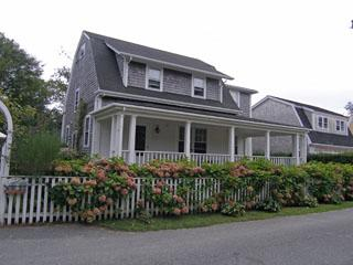 Beautiful House with 5 BR, 5 BA in Nantucket (8196) - Image 1 - Nantucket - rentals
