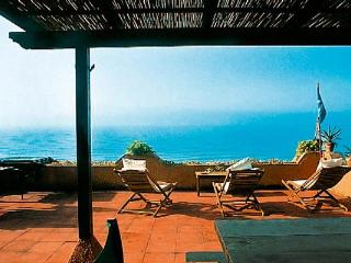 Beachfront villa near Sperlonga and Gaeta. HII DUN - Lazio vacation rentals