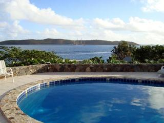 A 2-minute walk from beaches, restaurants and nightlife, this villa is situated above Clarke Rock in Leverick Bay. VG EUP - Leverick Bay vacation rentals