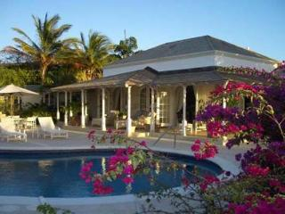 Overlooking the 16th fairway of the Royal Westmoreland Golf Course, this villa is perfect for the golf enthusiast. RL IXO - Barbados vacation rentals