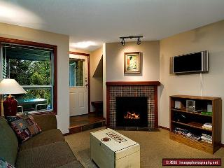 46 Glaciers Reach this 2br home has a hot tub & pool in Whistler Village - Whistler vacation rentals