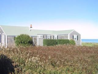 Comfortable House with 5 Bedroom & 3 Bathroom in Nantucket (9208) - Nantucket vacation rentals