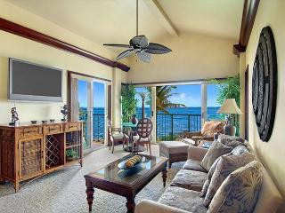 Penthouse A402 Beach FRONT TOP Corner **WOW** Call NOW - Lihue vacation rentals