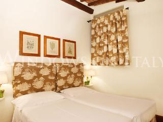 Raffaello - Windows on Italy - Florence vacation rentals