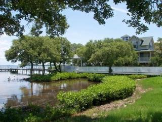 Waters Edge Cottage - Anna Maria Island vacation rentals