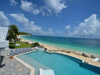 Private beach perfect for entertaining. C GLU - Baie Rouge vacation rentals