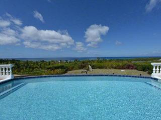 Enjoy sunset views of the Caribbean and Baie Longue Beach from the outdoor entertainment area. C MER - Baie Longue vacation rentals