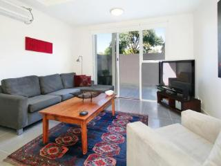 4/114a Westbury Close, East St Kilda, Melbourne - Melbourne vacation rentals