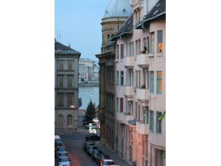 The building (see the Danube just down the street!) - Chain Bridge Apartment - Budapest - rentals