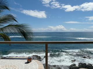 415 7th picture st off lanai.JPG - 415 ,4th floor Kuhio Shores oceanfront condo - Poipu - rentals