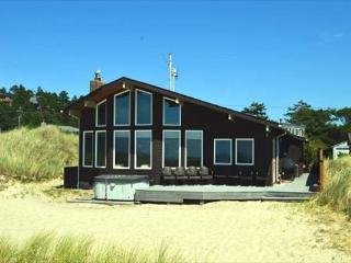 OCEAN BREEZE - Manzanita vacation rentals