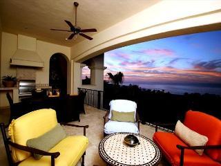 Villa Pamela - 3BD/3.5BA Ocean View Condo Sleeps 8 Pool/Jacuzzi, in Esperanza - Cabo San Lucas vacation rentals