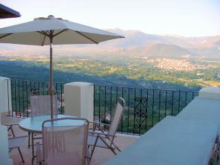The roof terrace and view - I Terrazzi 4 bed 3 bath stunning views all modcons - Roccacasale - rentals