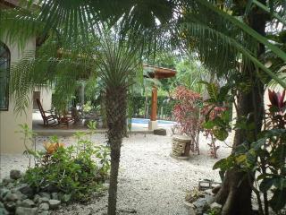 Las Palmas Inclinadas - Nosara vacation rentals