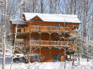 Fantastic Views of the Mountains from this Luxury 4 Bedroom Cabin - Gatlinburg vacation rentals