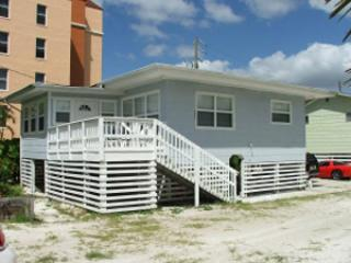 Charming Beach Cottage - Fort Myers Beach vacation rentals