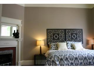 Bedroom with King Bed - 15% OFF!! Historic Suite with Private Courtyard - Savannah - rentals