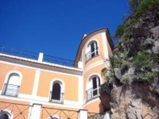 Appartamento Ulisse D - Campania vacation rentals