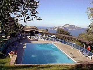 Appartamento Cerasella B - Termini vacation rentals