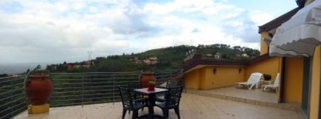 Villa Floriana B - Image 1 - San Baronto - rentals