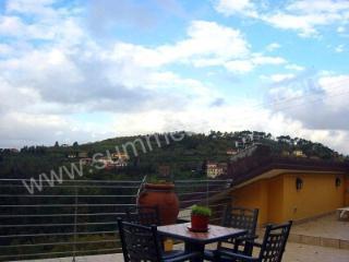 Villa Floriana B - Pistoia vacation rentals