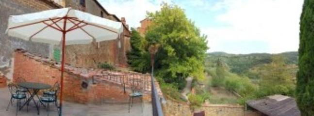Villa Leopoldo A - Image 1 - Montisi - rentals
