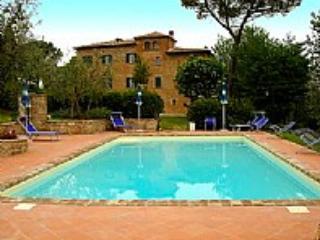 Villa Mirachiana Grande - Arezzo vacation rentals