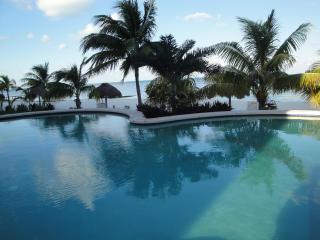 Private Beachfront Condo in Cancun's Hotel Zone - Cancun vacation rentals