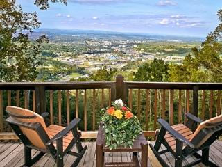 EAGLE'S VIEW! Amazing 100 Mile Mountain/City View - Sevierville vacation rentals