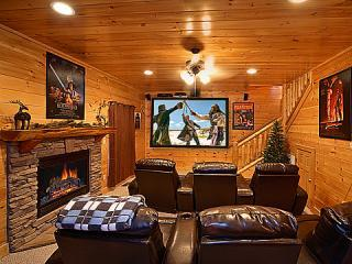 KNOCKIN' ON HEAVEN'S DOOR - Luxury 5/4 - Theater - Sevierville vacation rentals
