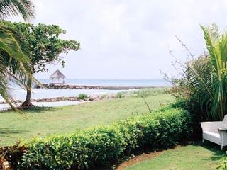Ebb Tide: Family Style Villa w/ Beach Access - Treasure Beach vacation rentals