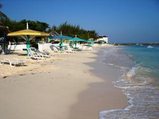 Sea Wyf Villa in Silver Sands Estates, Jamiaca - Silver Sands vacation rentals