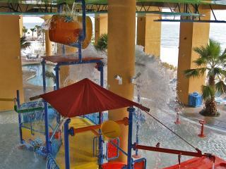 Splash - West Pool - Bucket emptying in Water Park - Luxury Condo with Water Park at Splash in Panama City - Panama City Beach - rentals