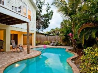Lagoon style pool - 303B 61st St-East Wind - Holmes Beach - rentals