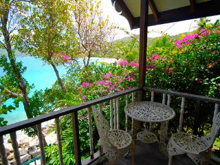 Ardesoif - Bequia - Princess Margaret Bay vacation rentals