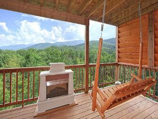 Beautiful Views from this 1 Bedroom Luxury Cabin! - Tennessee vacation rentals